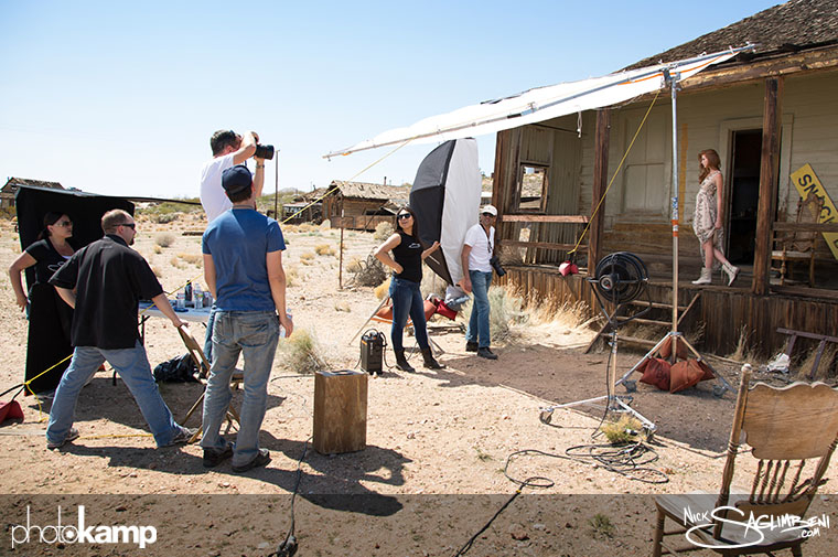 photokamp-nick-saglimbeni-2012-crew-desert-shooting-lighting-setup