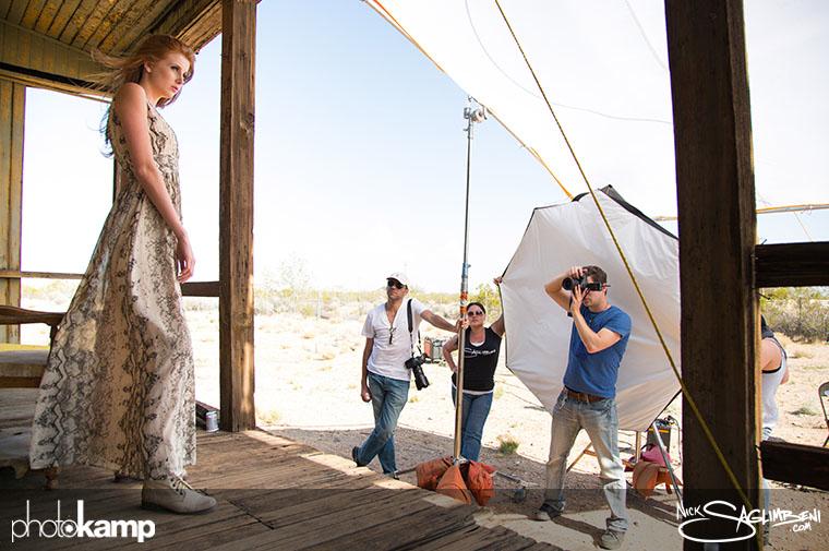 photokamp-nick-saglimbeni-2012-raffael-dickreuter-shooting-desert-porch-remi